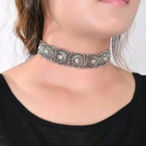 50% OFF Chunky Choker Statement Necklace